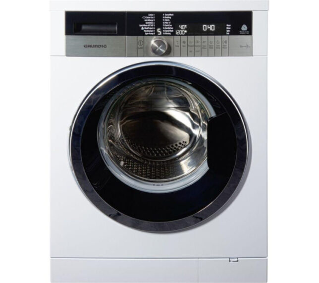 Competition to Win a GRUNDIG GWN48430CW Washing Machine - White